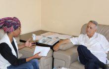 السيد الأمين العام محمد ساجد يستقبل الشابة صاحبة مشروع أكبر لوحة خاصة بالمناخ