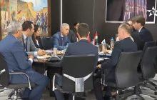التعاون في مجال السياحة والنقل الجوي محور لقاء السيد محمد ساجد بوزير الشؤون الخارجية والتجارة الهنغاري