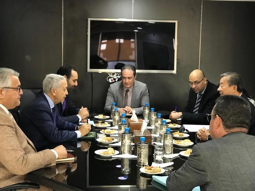 ساجد يستقبل سفير سنغافورة لبحث تعزيز التعاون الثنائي بين البلدين