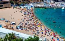 شواطئ الحسيمة.. وجهات سياحية متميزة تستهوي المصطافين المغاربة والأجانب