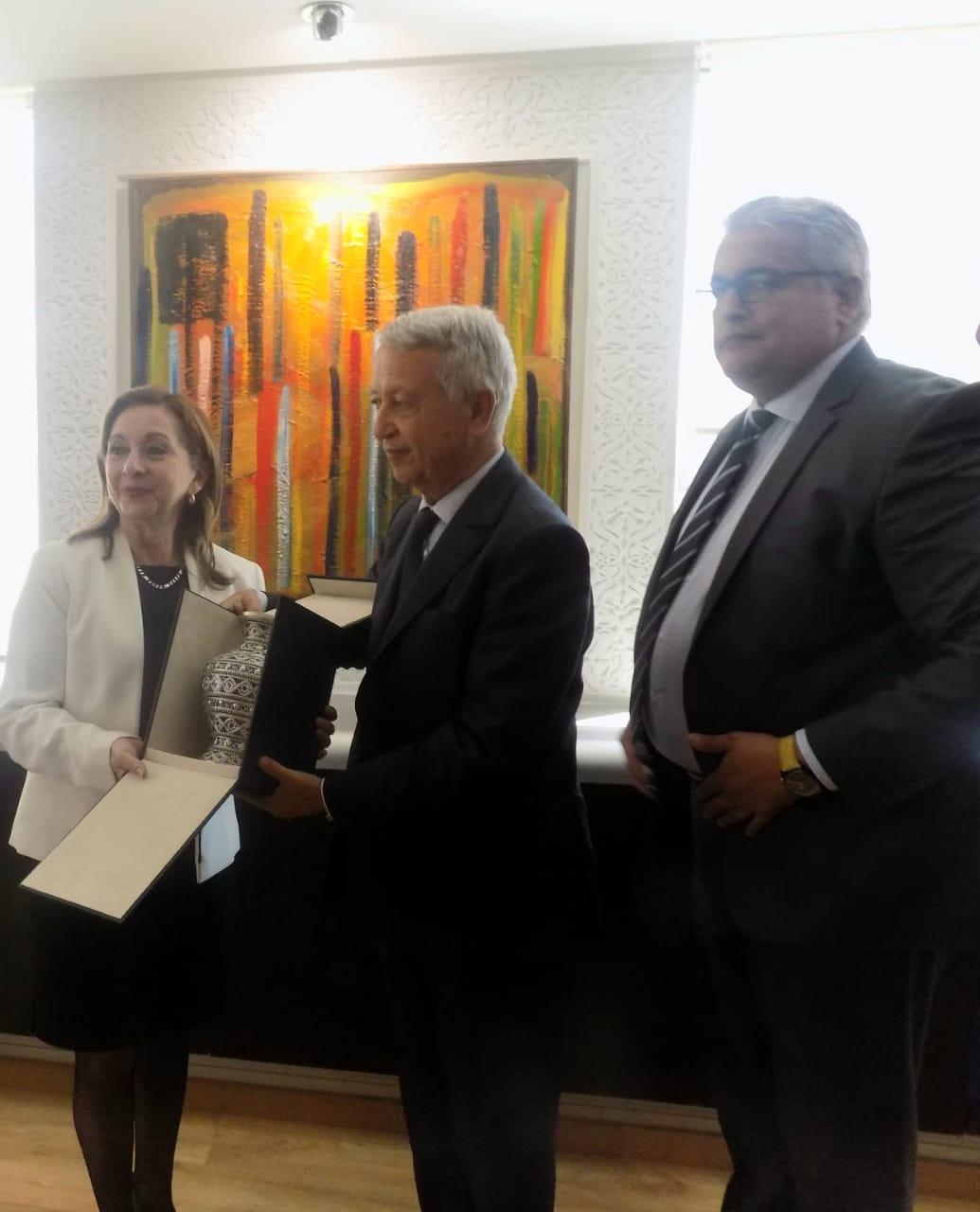 ساجد يبحث سبل تعزيز التعاون في مجال السياحة والنقل الجوي والثقافة مع وزيرة السياحة للاكوادور